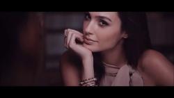 Gal Gadot - Gucci Bamboo - July 2015