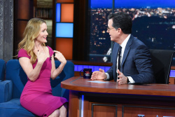 Leslie Mann - The Late Show with Stephen Colbert: December 12th 2018
