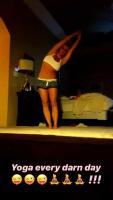 Britney Spears - Yoga 12/5/2020