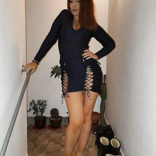 Short girl big booty porn