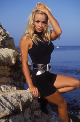 Памела Андерсон (Pamela Anderson) Barry King Photoshoot 1992 (4xHQ) UH7T6z1m_t