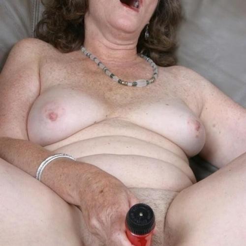 Clit rubbing tube