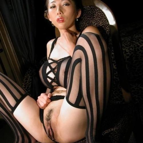 Gonzo asian porn