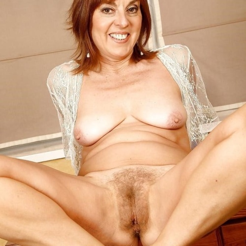 Mature georgie nude
