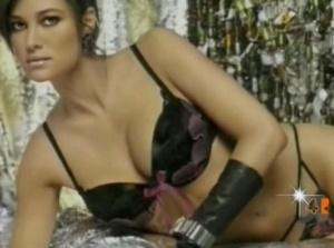 Manuela Arcuri - Underwear (Topless) Rete 4