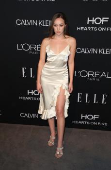 Alycia Debnam-Carey - Elle Women in Hollywood, Los Angeles October 15 2018 0zg4EcUu_t