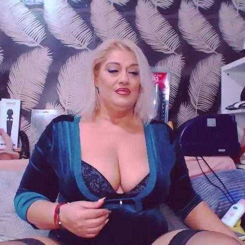Free mature webcam girls