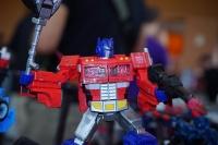 Jouets Transformers Generations: Nouveautés Hasbro - Page 24 3cFB4rg5_t