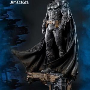 Batman : Arkham Knight - Batman Battle damage Vers. Statue (Prime 1 Studio) OwqKuEML_t