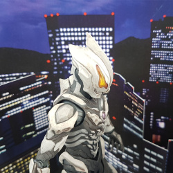 Ultraman (S.H. Figuarts / Bandai) - Page 7 ZraqcgPx_t