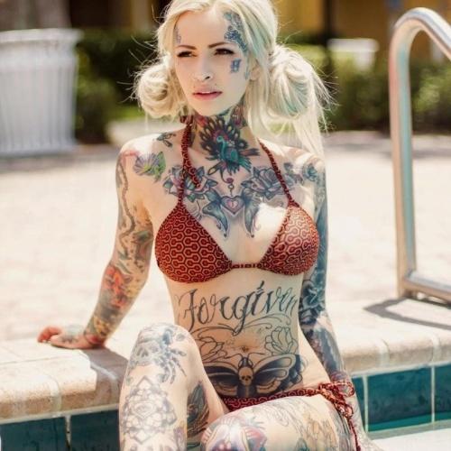Naked tattoed girls