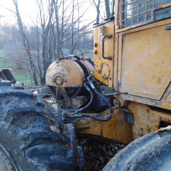 Traktor šumski LKT 81 T OQ2QREBM_t