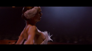 Natalie Portman / Mila Kunis / Black Swan / lesbi / sex / (US 2010) OXbXnYzN_t