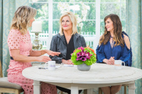 Kellie Martin - Hallmark's Home and Family 1.6.2018 Stills x15