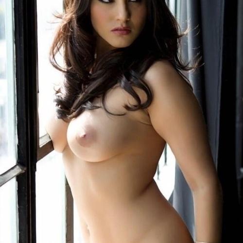 Sunny leone in sexy lingerie