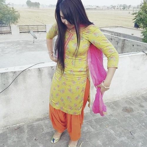 Sexy punjabi girls pic