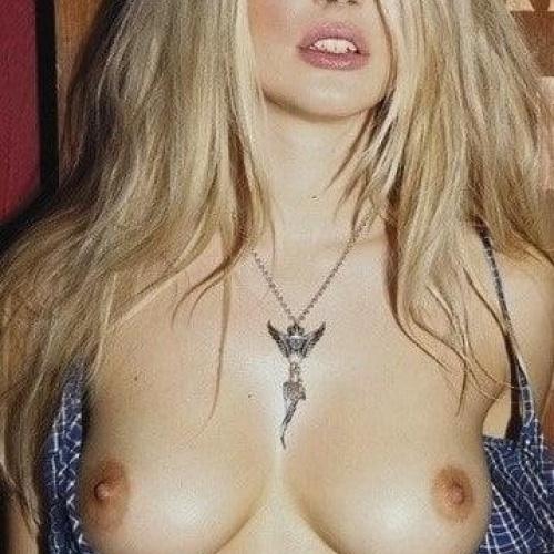 Erotic nude photos of women