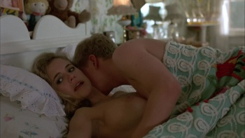 Kelly Preston / Mischief / nude / sex / (US 1985) GbfmnNgL_t