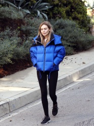 Elizabeth Olsen - Out and about in Los Angeles 11/03/2018