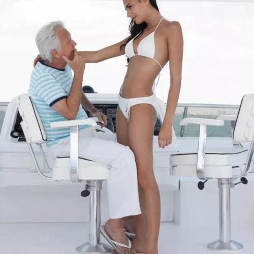 Young women into older men
