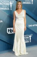 Jennifer Aniston AVNQufFs_t