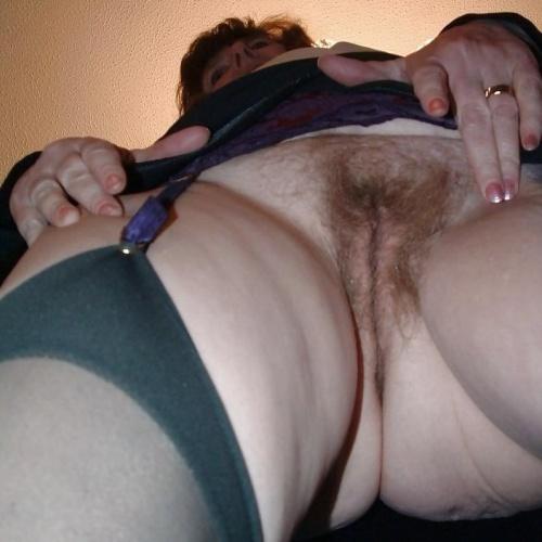 Milf and lesbian porn
