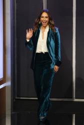 Jennifer Love Hewitt - Jimmy Kimmel Live: September 4th 2018 pyFhqMMy_t