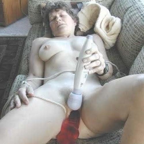 Cunnilingus sex toys