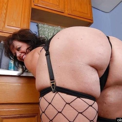 Milf anal orgasm
