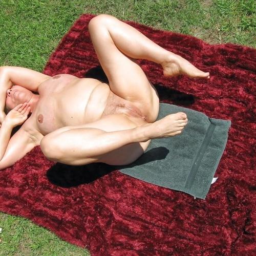 Sexy nude female photos