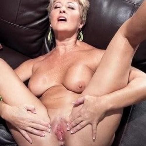 Creampie cougar porn