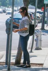 Jennifer Garner - Out in Beverly Hills 9/28/2018 LYy8eoUy_t