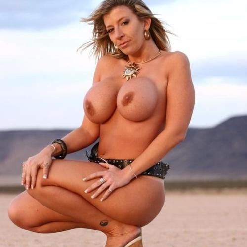 Big boobs milf porn pic