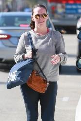 Jennifer Love Hewitt - Leaving a gym in Studio City 11/6/2018 k0kdTmoY_t