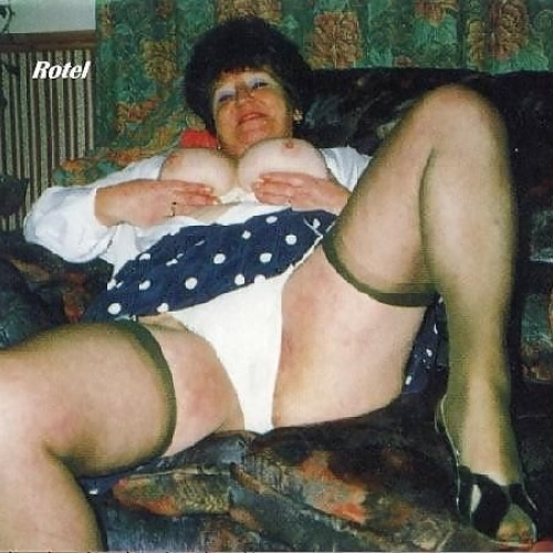 Pictures of sexy old grannies