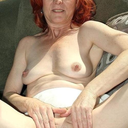 Older woman anal fun