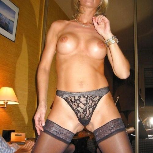 Women wearing stockings porn