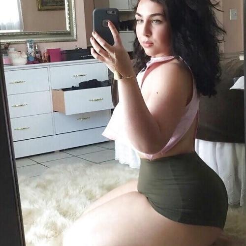 Hot big booty teen porn