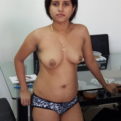 Very hot aunty sexy