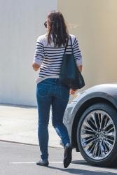 Jennifer Garner - Out in Beverly Hills 9/28/2018 Rbp60QbZ_t