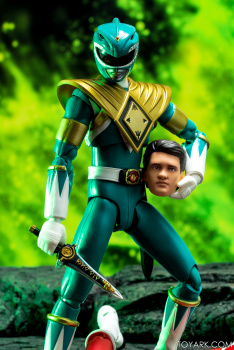 Power Rangers - S.H. Figuarts (Bandai) - Page 2 IkDvhP3r_t