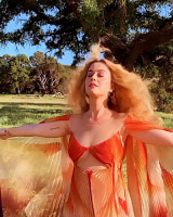 """Katy Perry - """"Never Really Over"""" BTS 2019"""