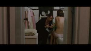 Natalie Portman / Mila Kunis / Black Swan / lesbi / sex / (US 2010) 4tGJBMol_t