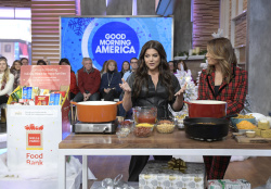 Tiffani Thiessen - Good Morning America: December 17th 2019