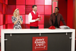 Kristen Bell - Jimmy Kimmel Live: November 19th 2018