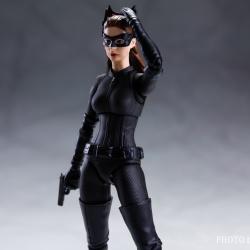 Catwoman - Batman The Dark Knigh rises - SH Figuarts (Bandai) 6Bx2D6aV_t