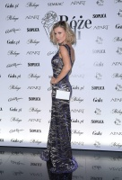 Joanna Krupa  for a party in 7