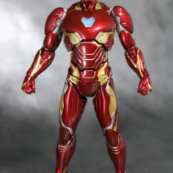 Iron Man (S.H.Figuarts) - Page 16 BYvvBrx5_t