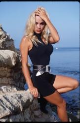 Памела Андерсон (Pamela Anderson) Barry King Photoshoot 1992 (31xHQ) JNSIHow7_t