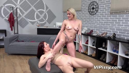 Antonia Sainz And Brittany Bardot Shoe Shop (VIPissy 2020/03 1080p)